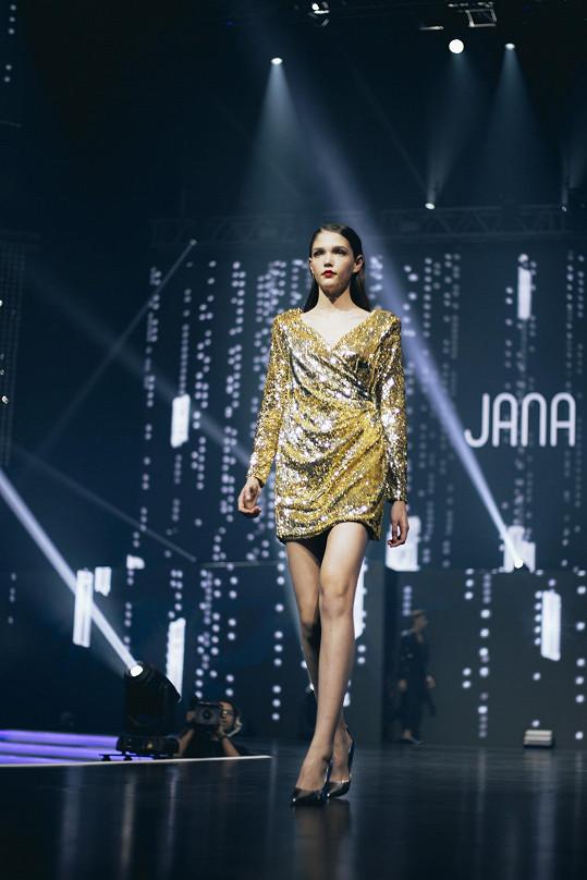 V listopadu roku 2016 zvítězila na světovém finále prestižní modelingové soutěže Elite Model Look.