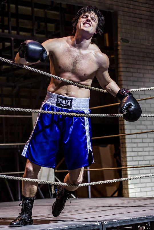 Jan Kříž v hlavní roli muzikálu Rocky