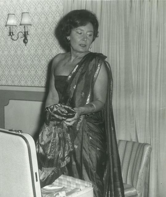 Půvaby neztrácela, byť svůj poslední film natočila v roce 1957.
