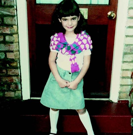 Kelly Brook sdílela svou vzpomínku na dětství.
