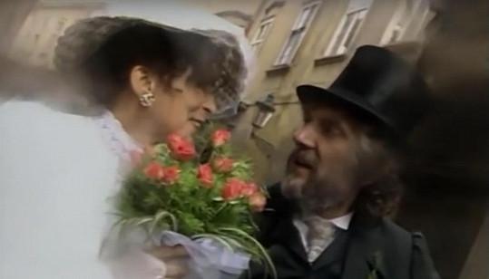 Hana Hegerová a Petr Hapka ve videoklipu z roku 1986