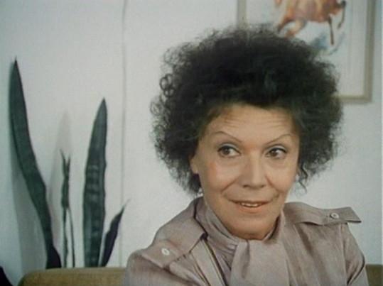 Zdenka Procházková ve filmu Jak napálit advokáta (1985).