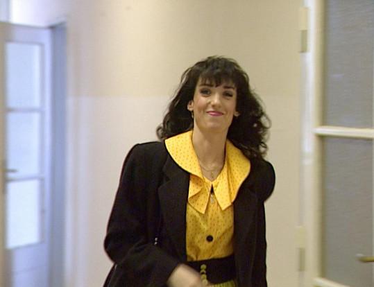 Eva Čížkovská jako servírka Janinka