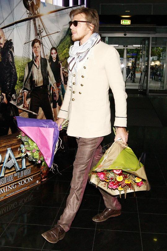 A v bílém kabátku