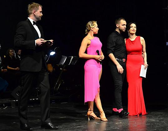 Finále moderovali Libor Bouček a Tereza Kostková.