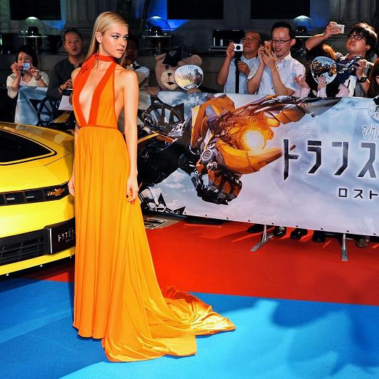 Nicola Peltz je hvězdou filmu Transformers: Zánik.