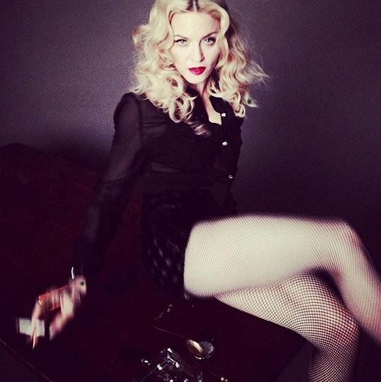 Madonna už je zase sama.