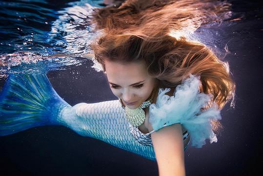 Vyzkoušela si mermaiding.