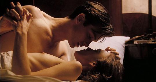 Keira Knightley, Cillian Murphy a jejich vášnivá scéna ve filmu Na hraně lásky