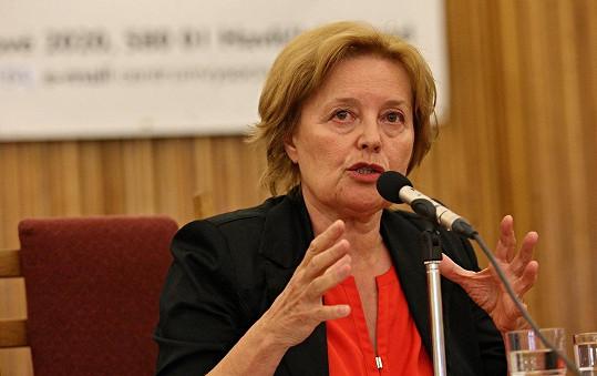 Magda Vášáryová na besedě se studenty Letní žurnalistické školy