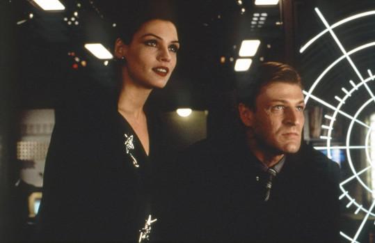 Věčný ženáč Sean Bean v bondovce Zlaté oko (1995)