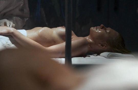 Alexandra Gordon v seriálu Hemlock Grove