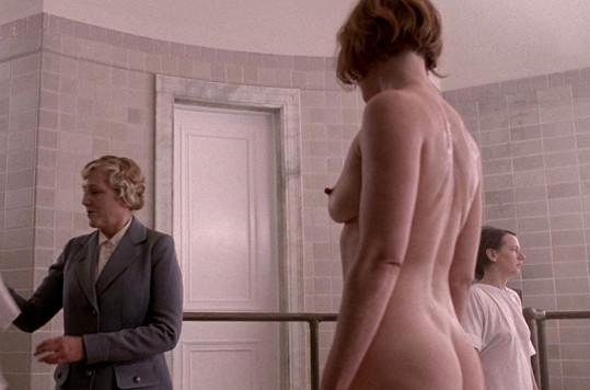Herečka šla úplně do naha.