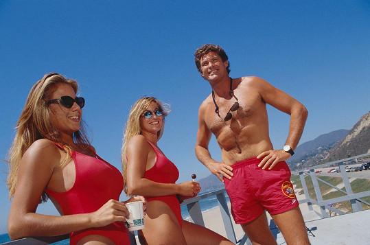 Před 25 lety se David rád vystavoval na pláži.