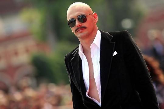James Franco zavítal na filmový festival do Benátek.
