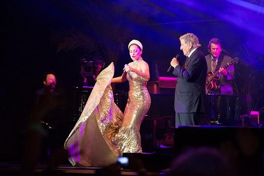 Lady Gaga v pondělí v Bruselu vystoupila se zpěvákem Tonym Bennettem.