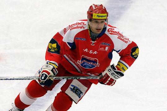Tomáš Horna prý randí s Monikou Absolonovou, Libuška Vojtková se zase zamilovala do hokejisty Jiřího Jelínka.