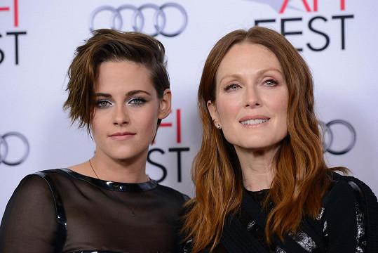 Herečky vypadají jako sestry, přestože je dělí 29 let.
