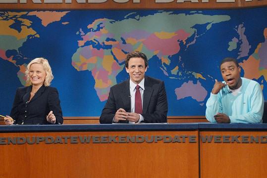 Morgan s Amy Poehler a Sethem Meyersem v pořadu Saturday Night Live.