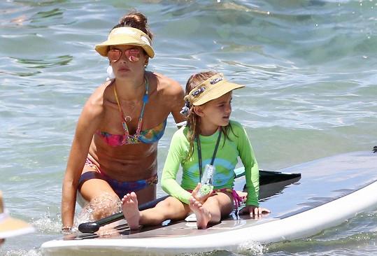 Vodních radovánek si užívala i její dcera Anja.