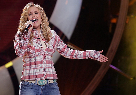 Carrie Underwood v roce 2005, kdy soutěžila v American Idol.