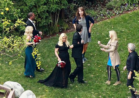 Jessica Simpson na svatbě své nejlepší kamarádky CaCee Cobb.