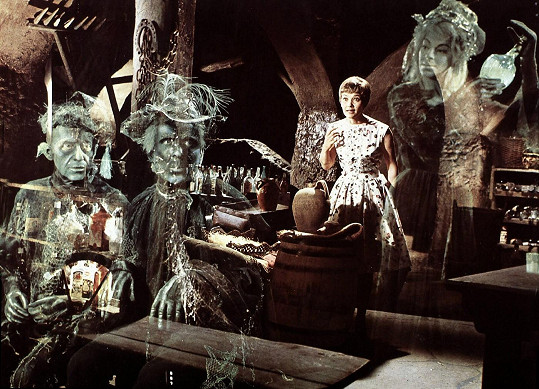 Film Strašidla ve Spessartu (1960) patřil k nejoblíbenějším německým komediím.