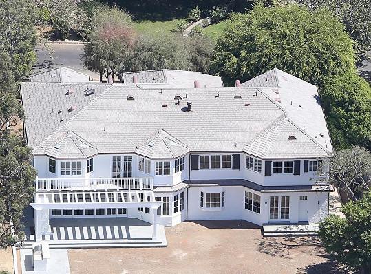 Za dům herečka zaplatila 12,5 miliónů amerických dolarů.
