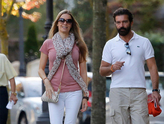 Antonio Banderas a Nicole Kempel ve Španělsku