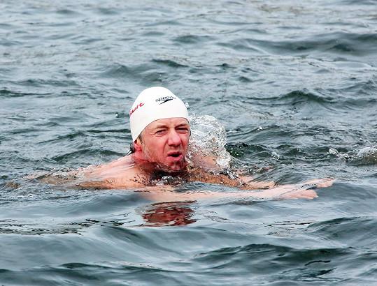 Jiří Langmajer se prý bál, že závod nedoplave.