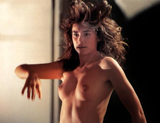 Film Veřejná žena (1984) vyvolal svého času pěkný skandál.