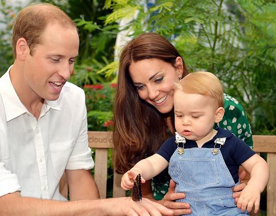 Princ George s rodiči na výstavě motýlů