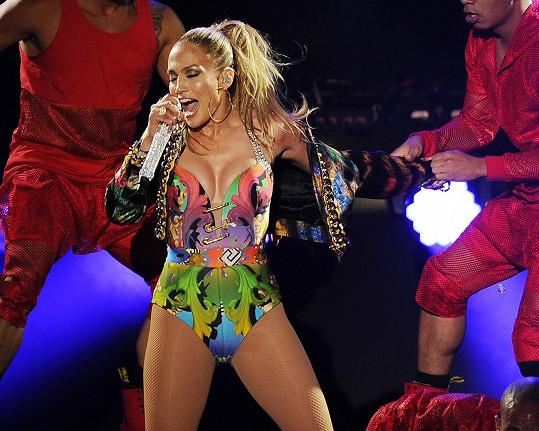 Jennifer Lopez je sexsymbolem i po čtyřicítce.
