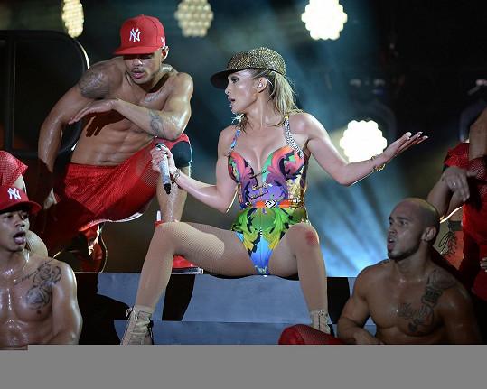 Jennifer Lopez předvedla žhavou show.