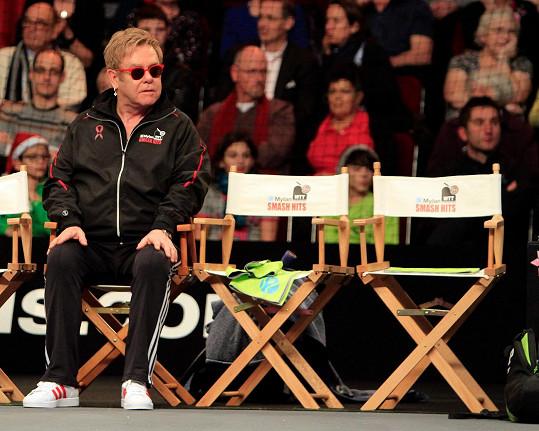 Elton John se stal patronem charitativního turnaje.