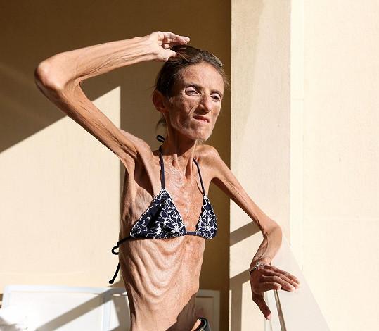 Valeria je doslova kost a kůže.