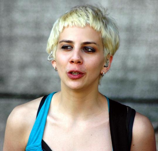 Aneta Langerová také ráda experimentovala s barvami vlasů.