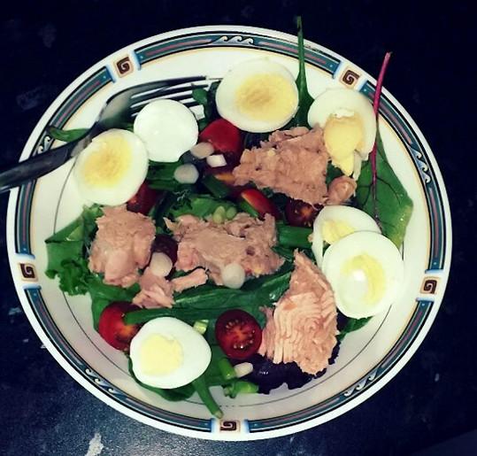 Vyvážený jídelníček se skládal z ovoce, zeleniny a bílkovin.