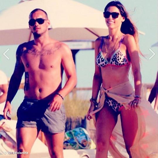 Wesley Sneijder s manželkou Yolanthe