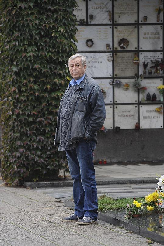 Zdeněk Žák si spletl pohřeb s návštěvou putyky.