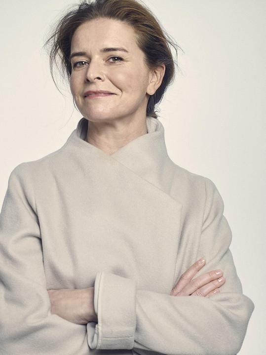 Lenka Nová je srovnávaná s Hanou Hegerovou.