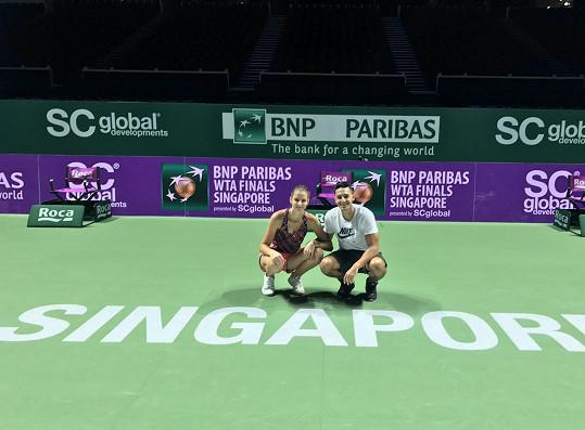 Na turnaji Karolínu podporuje i její přítel Michal Hrdlička.