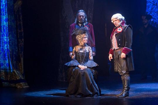 Za zápornou roli žalobce v Antoinettě je nominován na Thálii.