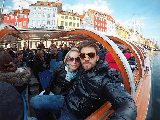Jan Charouz s přítelkyní Nelou