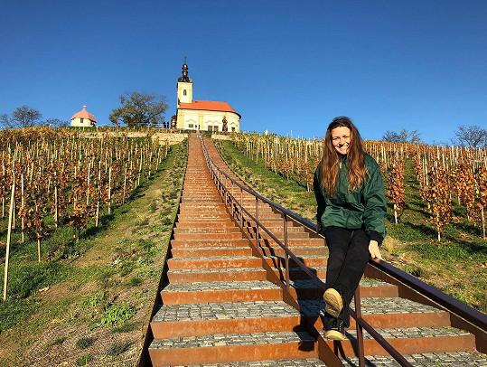 Letos tráví podzim v Česku.