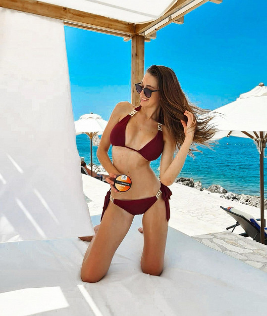 Denisa trávila dovolenou ve francouzském Saint-Tropez a v Chorvatsku