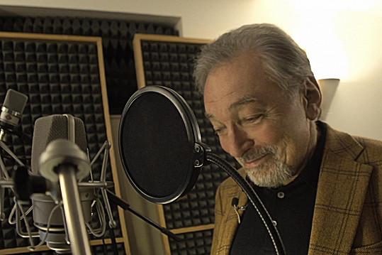 Gott se rozhodl propůjčit svůj hlas animované postavičce.