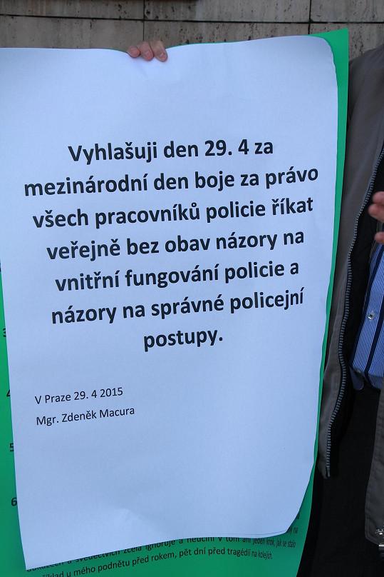 Zdeněk Macura chce svobodu slova pro policii.