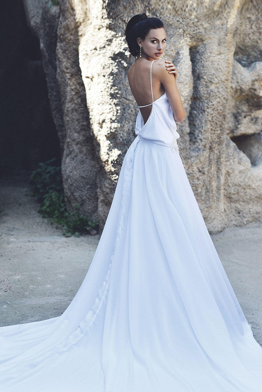 Že by byla krásná nevěsta?