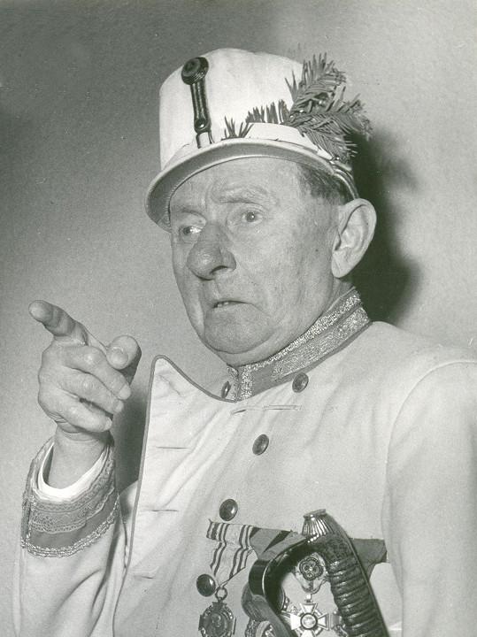 Vlasta Burian v roce 1958. Zbývaly mu pouhé čtyři roky života.